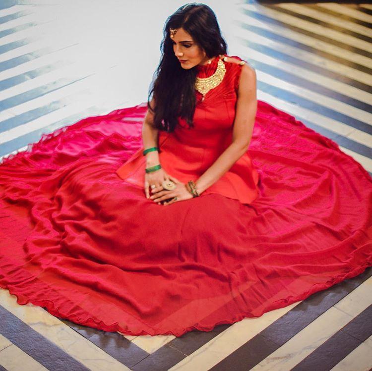 bridal inspiration, red lehenga choli