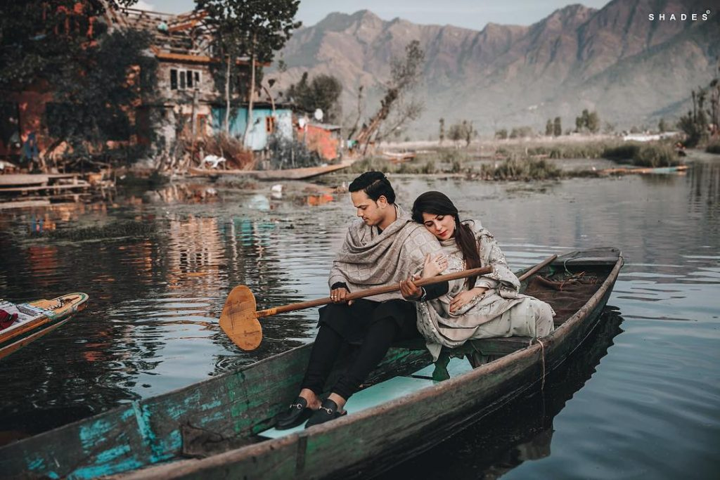 pre wedding shoot in kashmir