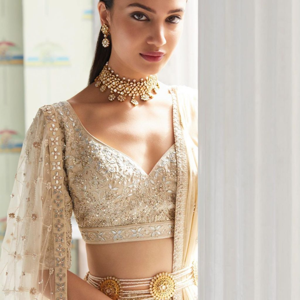 belted lehengas