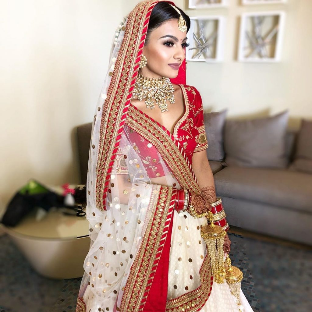 This Bride Wore An Unconventional Red And White Sabyasachi