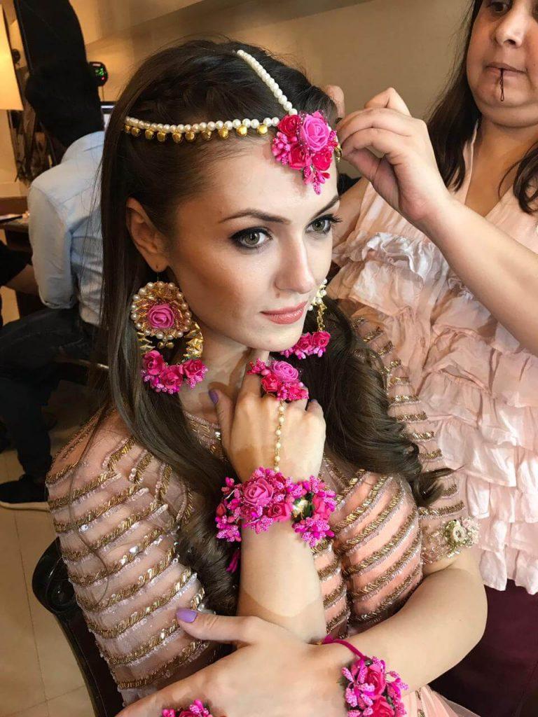 bridal floral jewellery