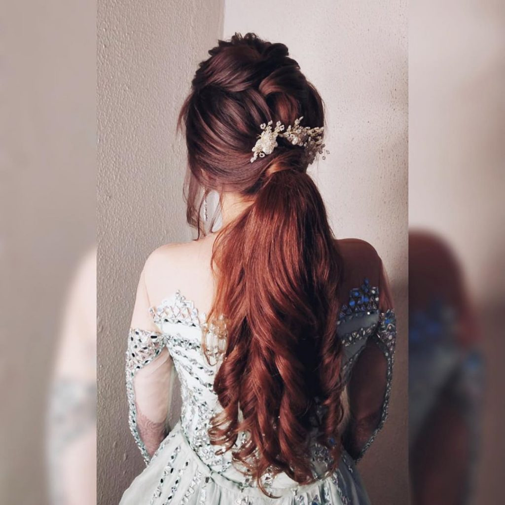 Hairstyles for sister of the bride