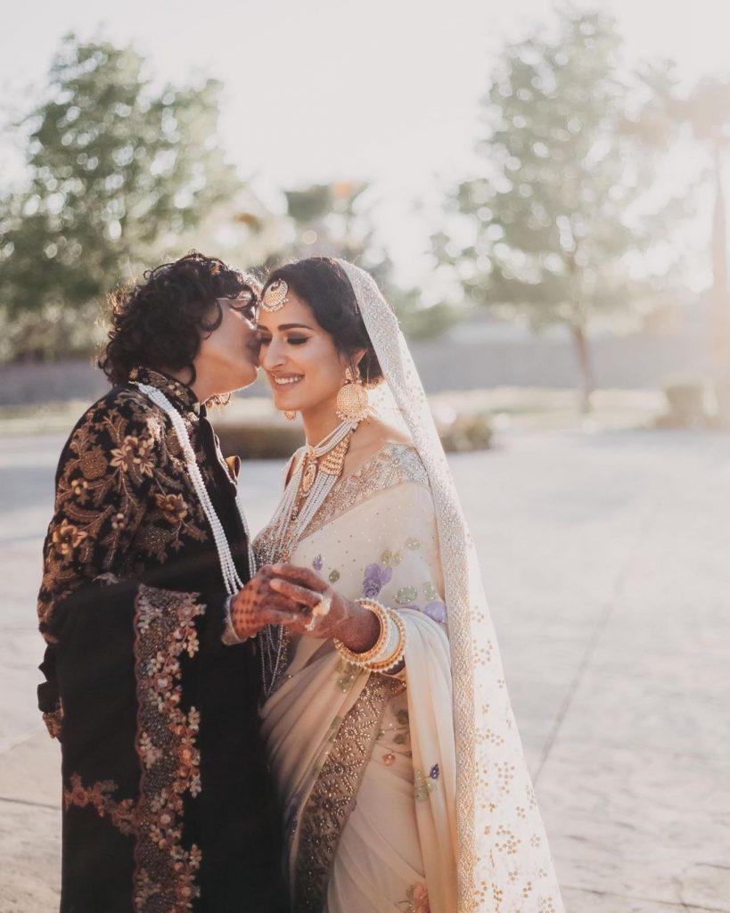 indo - pak same sex couple