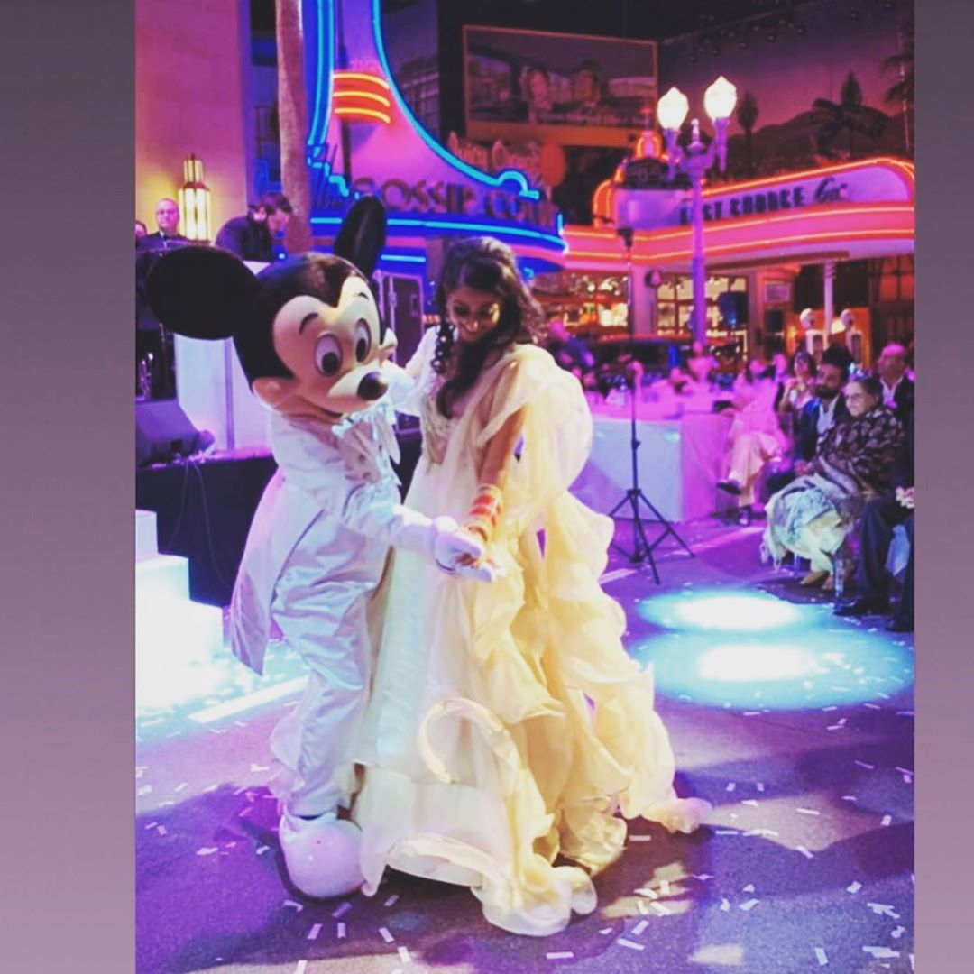 wedding in Disneyland