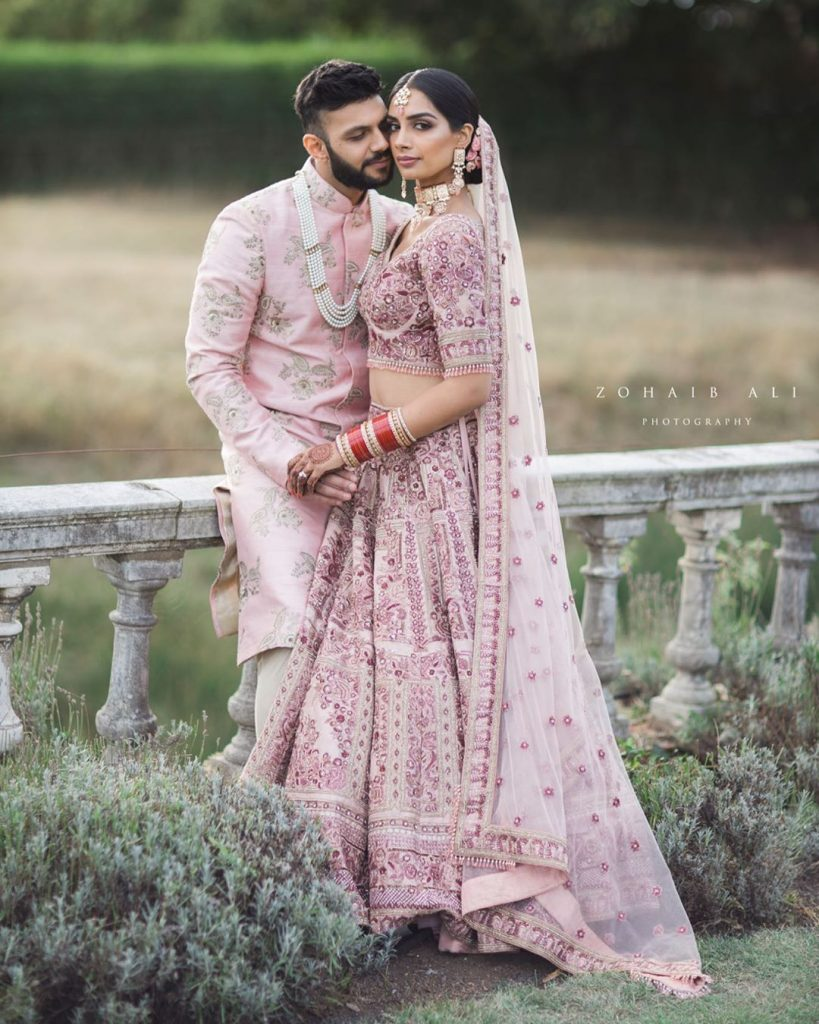 Trending Couple Poses Of 2019