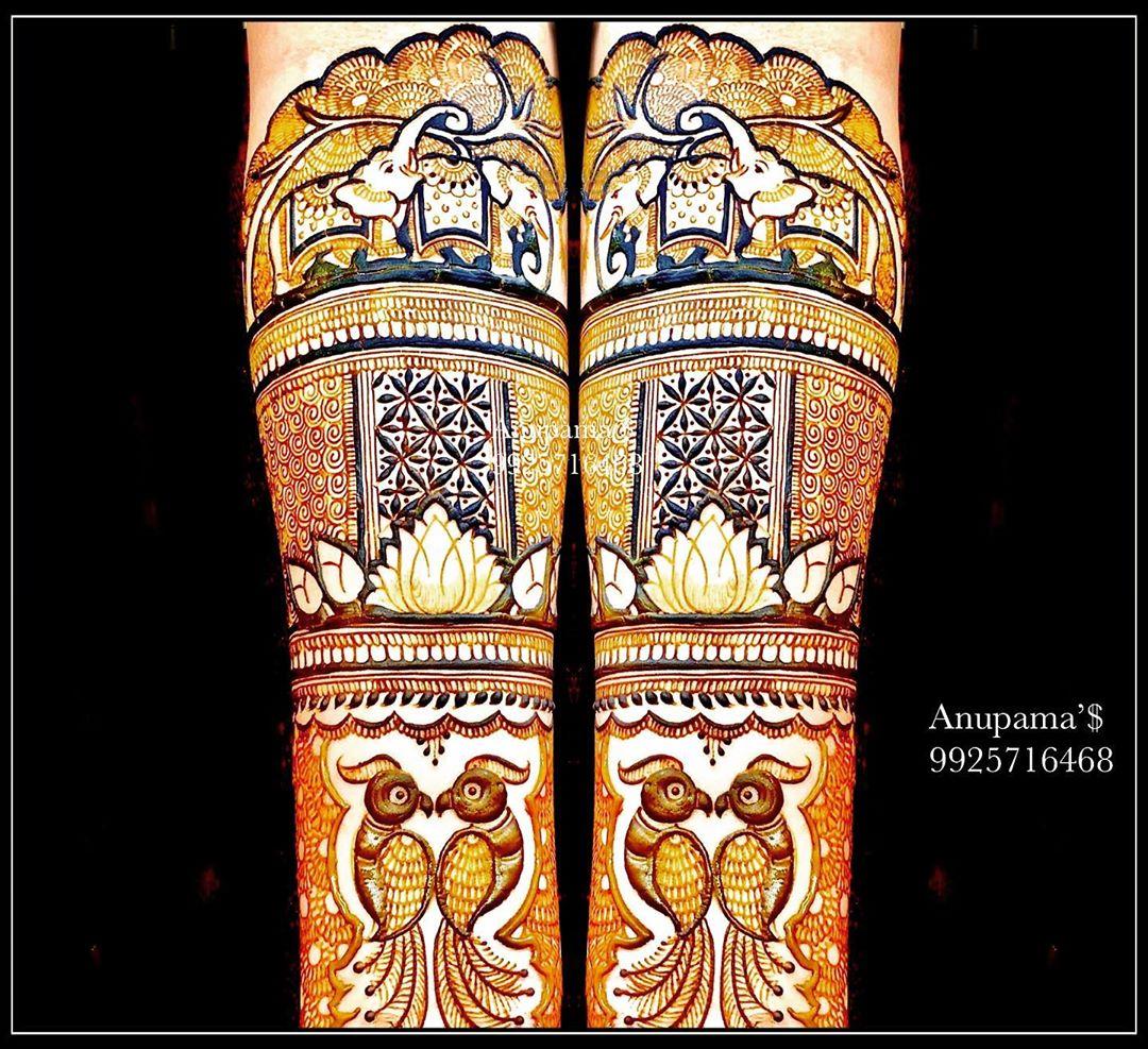 Indian mehendi artists