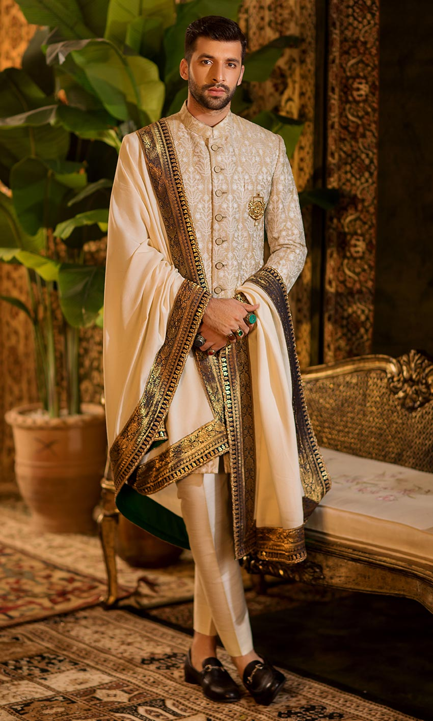 sherwani with dupatta