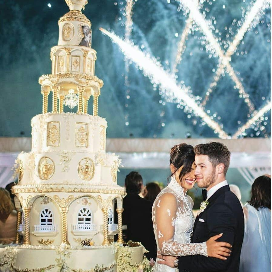 priyanka chopra wedding cake