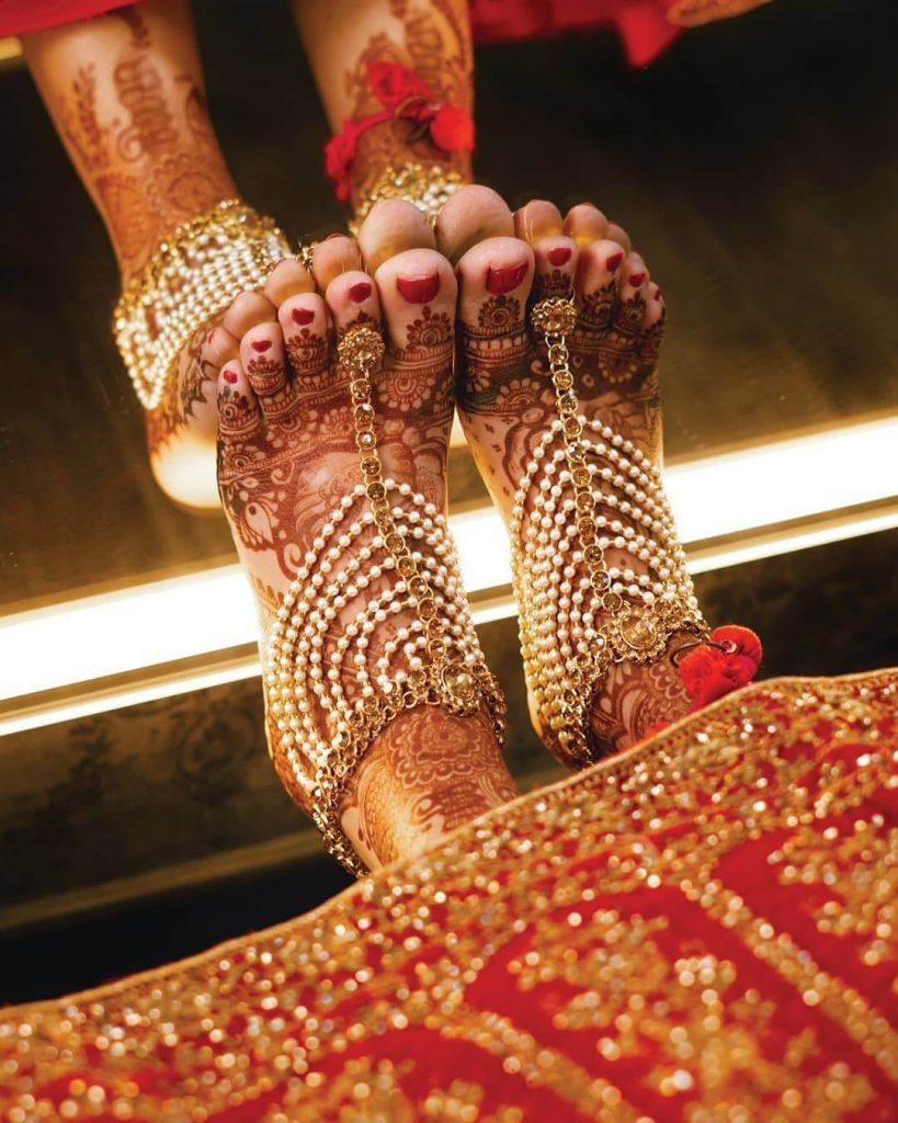 bridal feet accessories