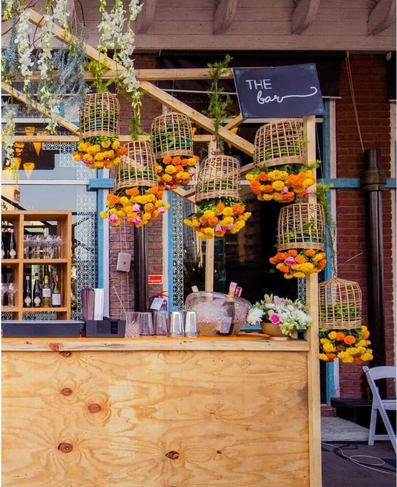 bar decor ideas, summer wedding decor ideas