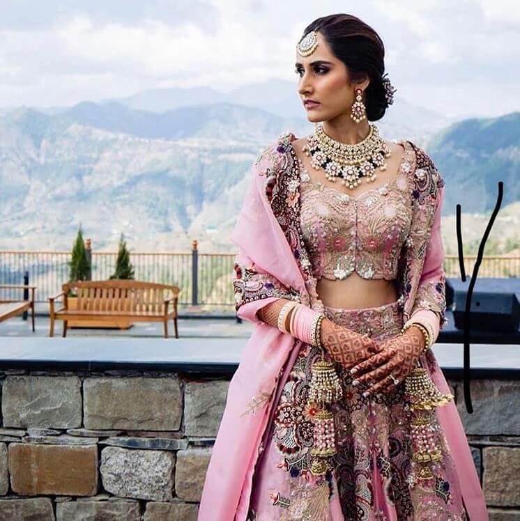 anamika khanna bridal outfits