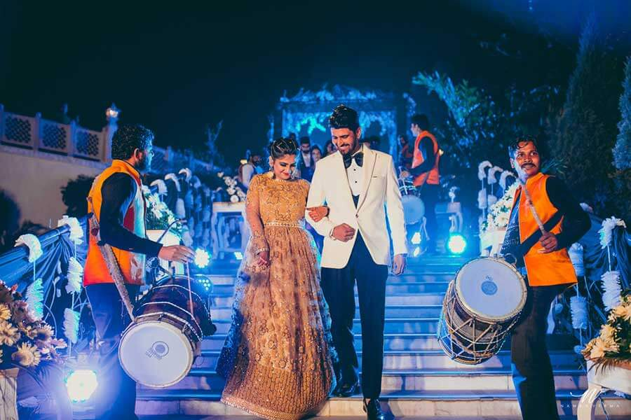 couple entry with dhol