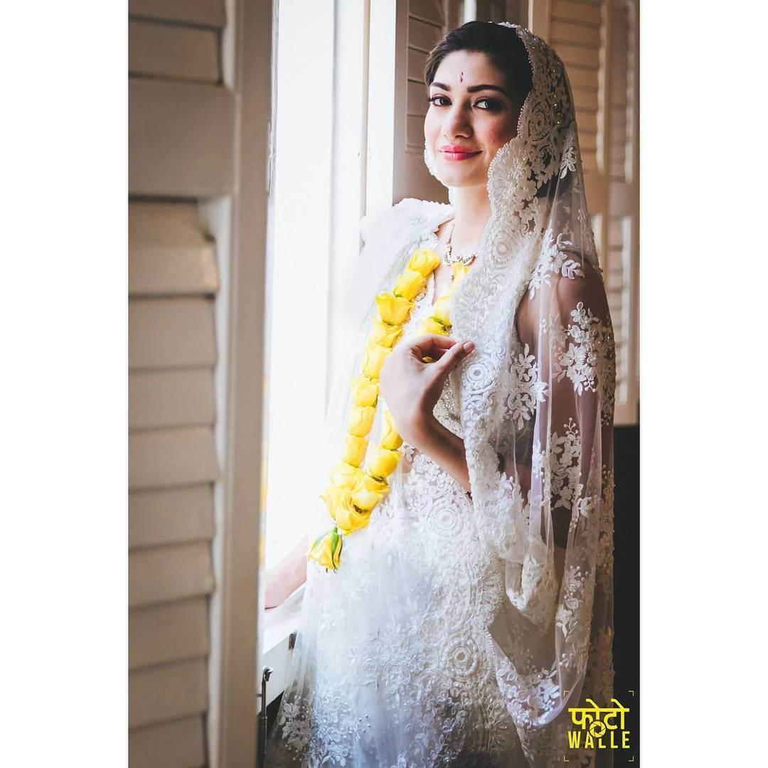 parsi bridal look