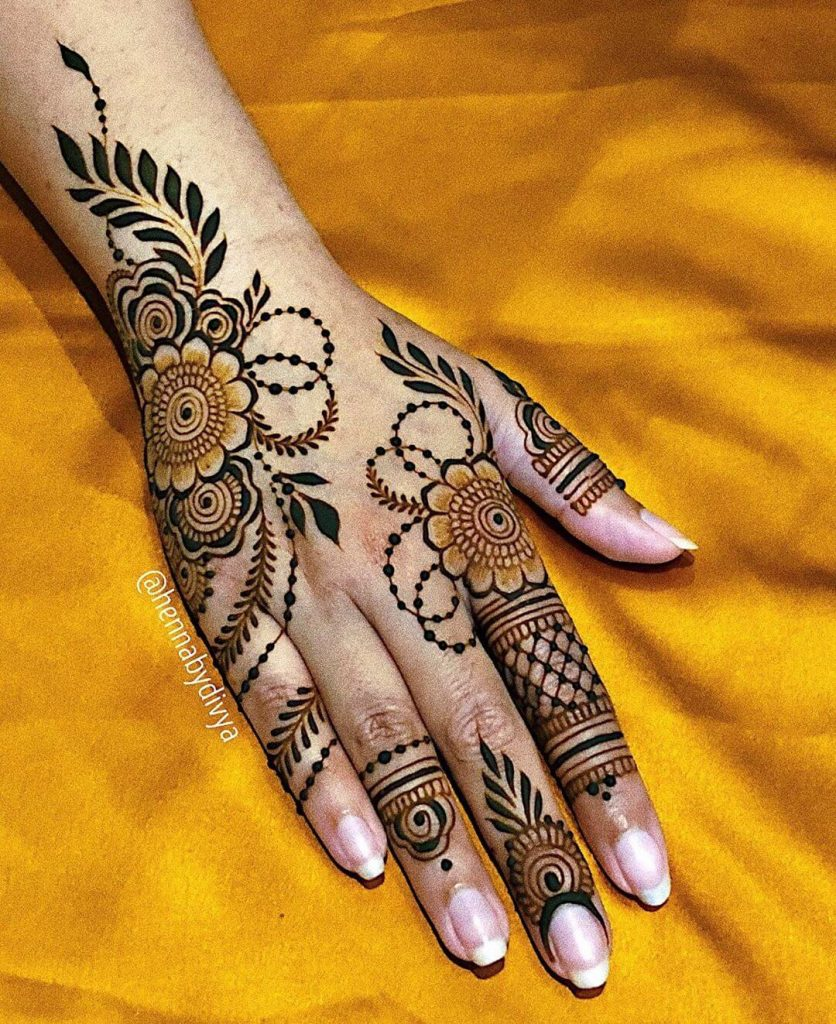 arabic designs for hands back