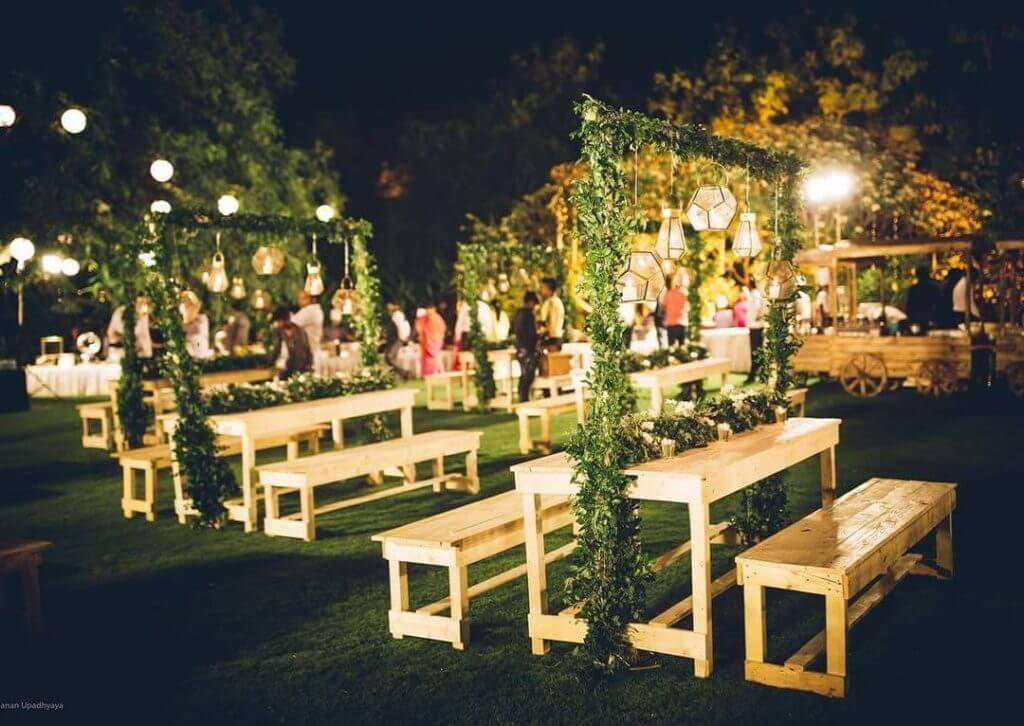 wedding brunch seating ideas
