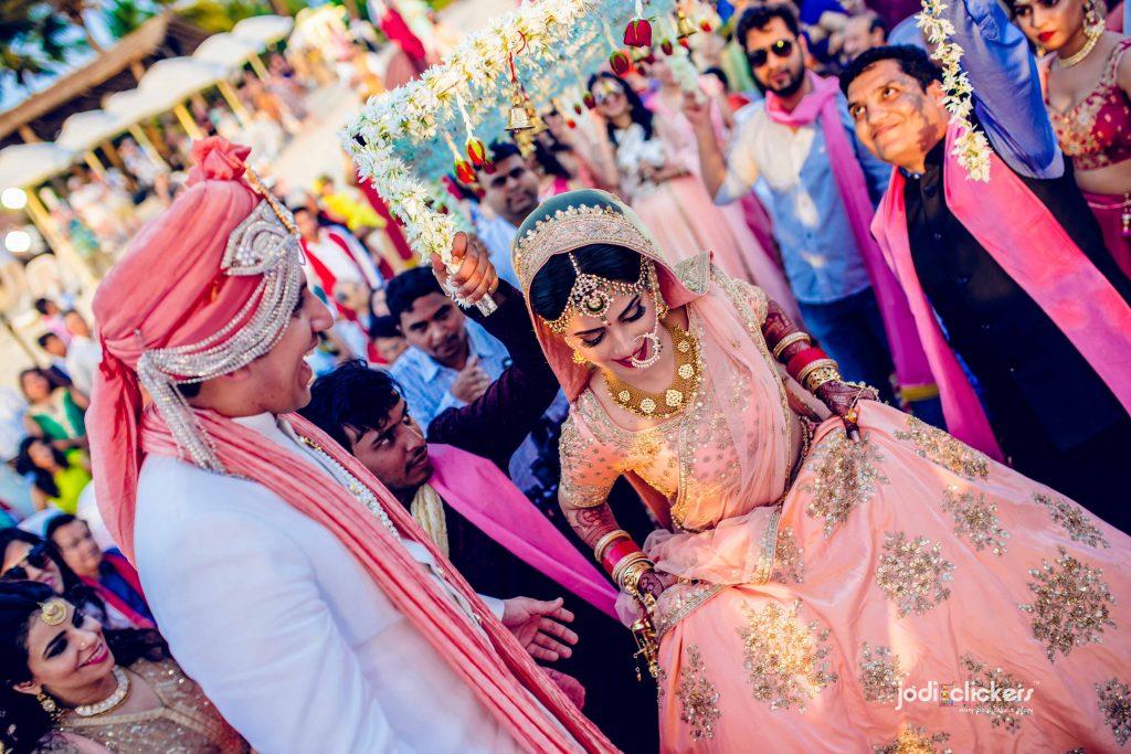 Jodi Clickers,Mumbai wedding photographers