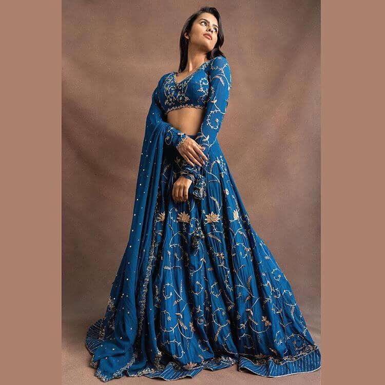 offbeat bridal color ideas