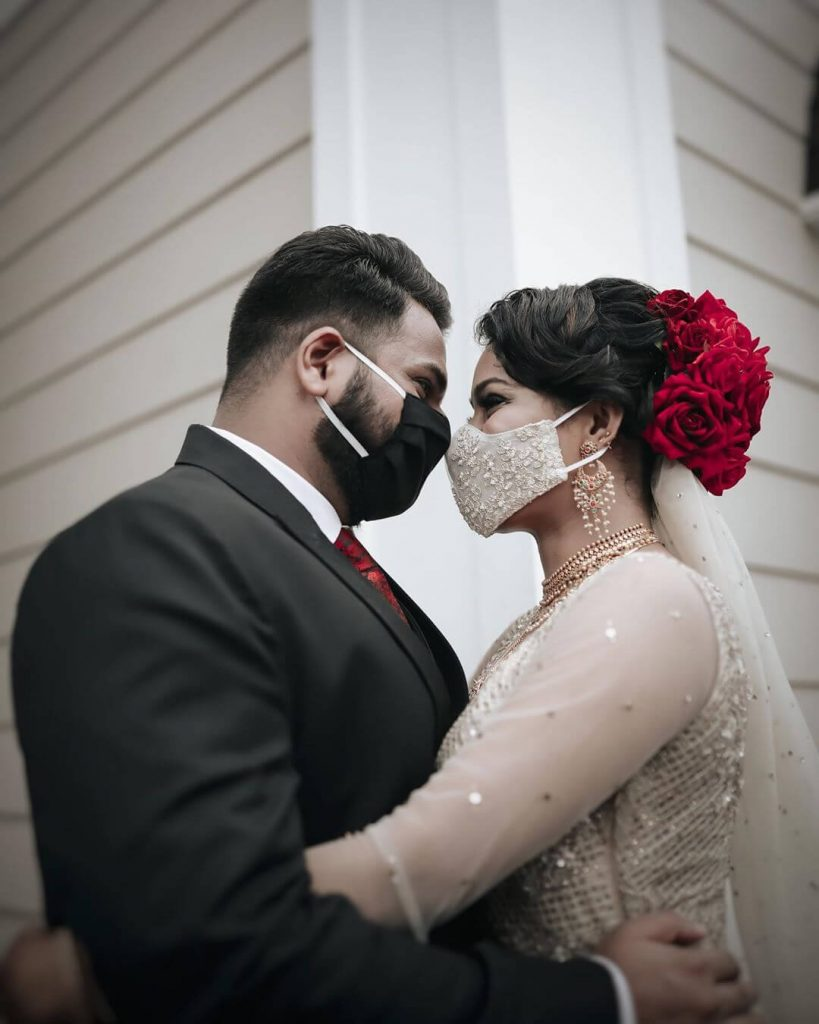 couple with masks