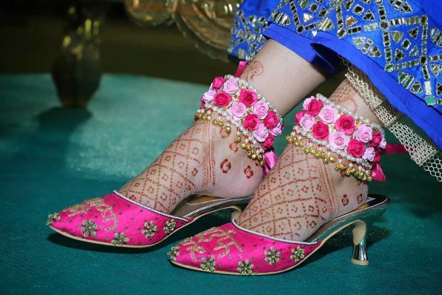 bridal floral anklets
