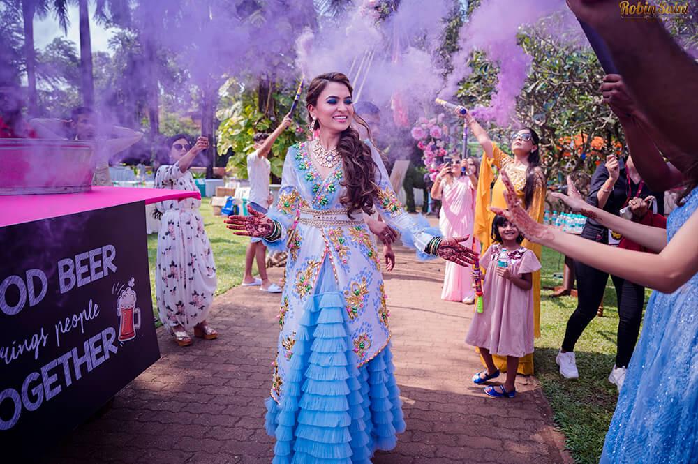 bridal mehendi outfit
