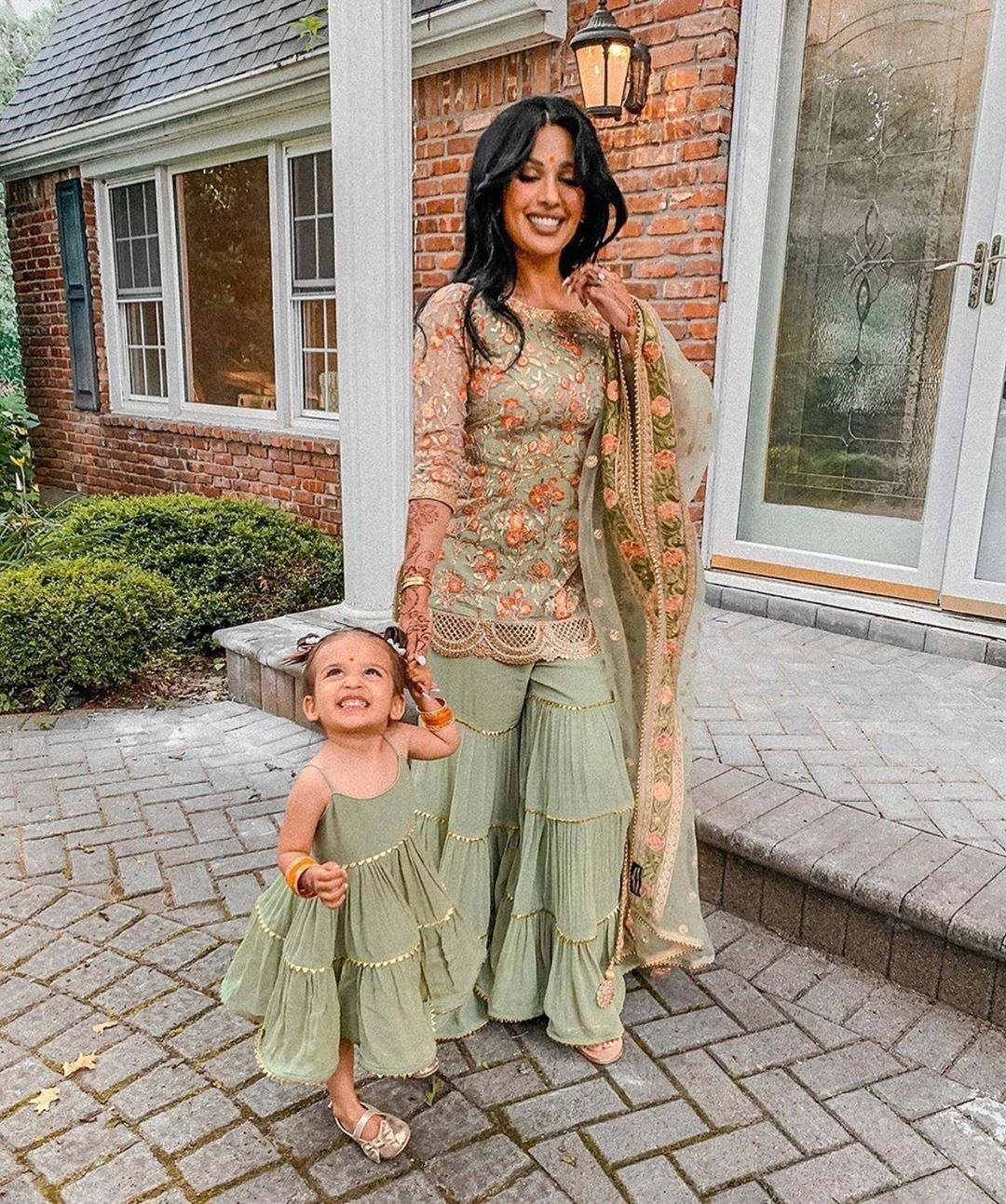 mother daughter outfit inspiration