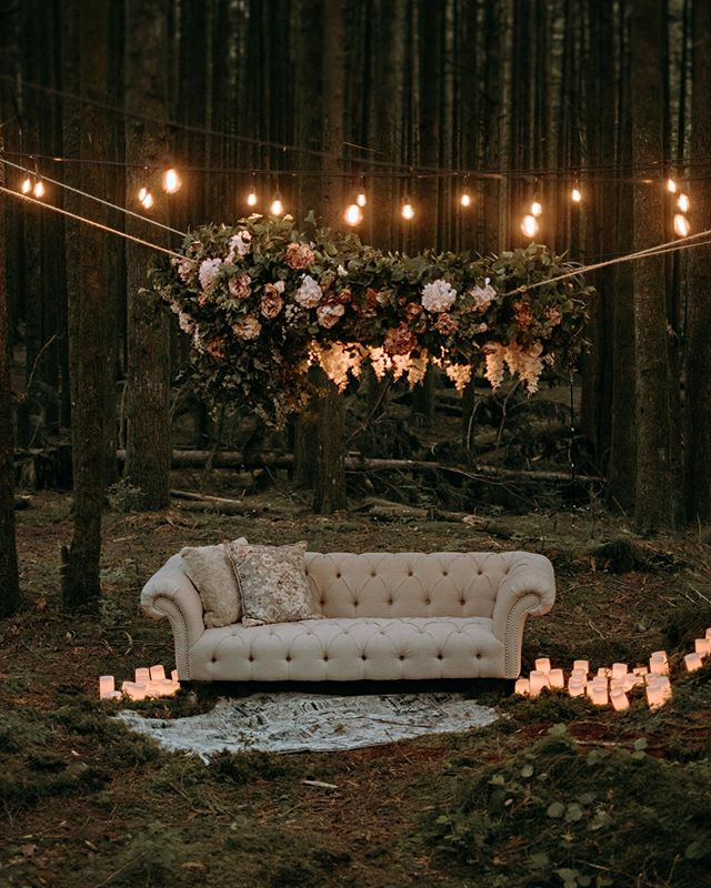 Rustic And Magical Couple Seating Idea