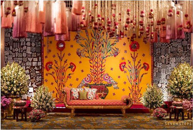 Traditional Wedding Decor