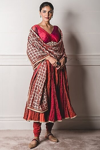 Designer Outfits Online From Indian Fashion Designers Under Inr 1 Lakh