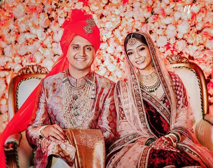 groom banarasi sherwani