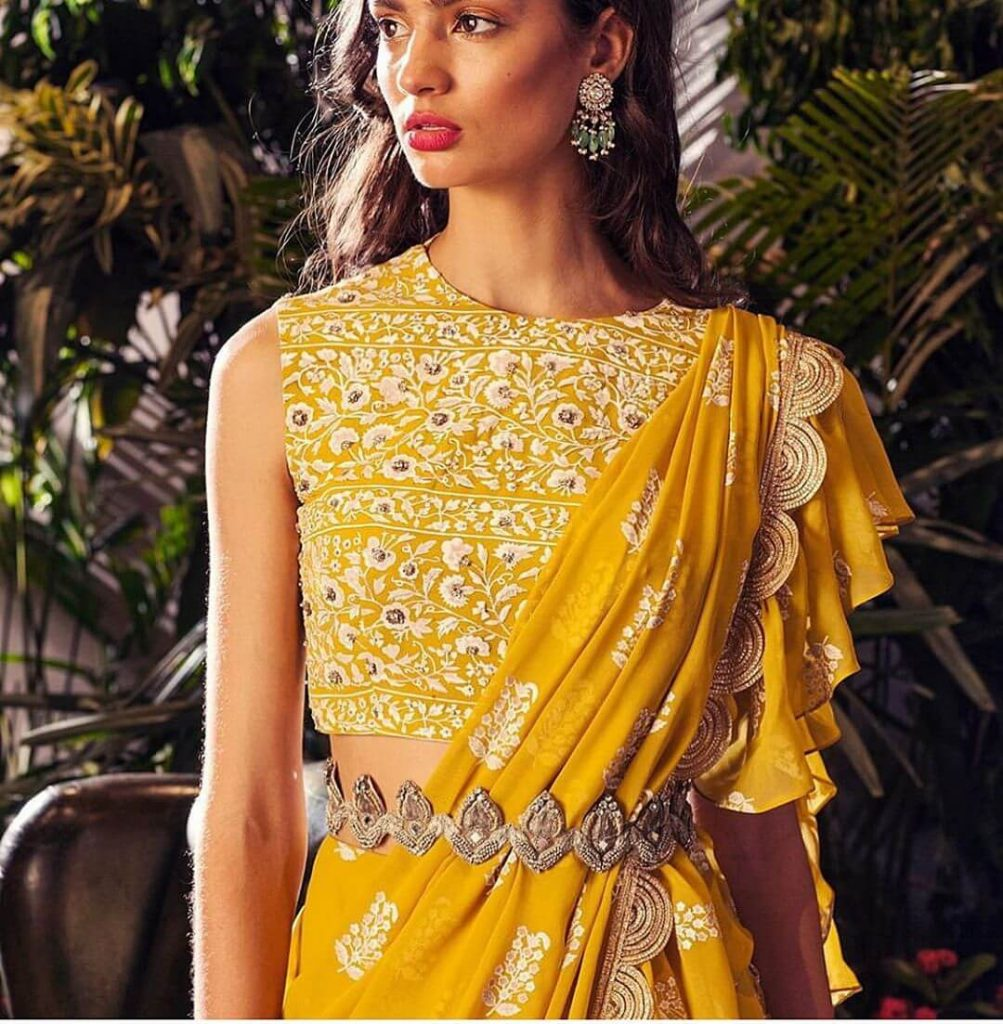 belted saree trends