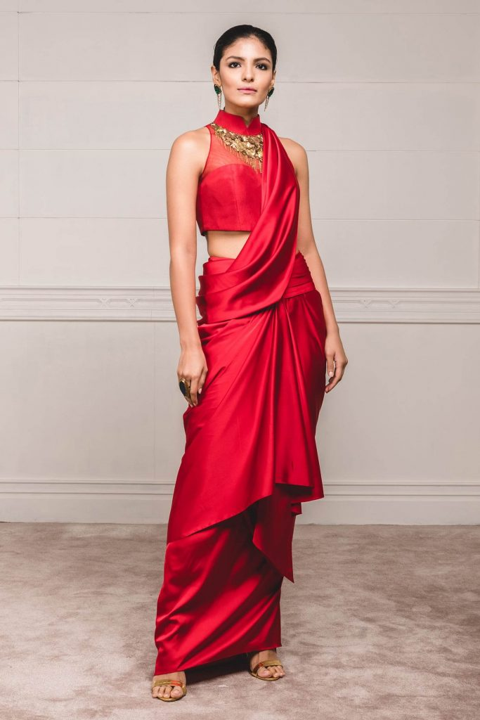 Buy Designer Outfits Online From These Indian Fashion Designers Under Inr 1 Lakh Wedding Planning Blogs