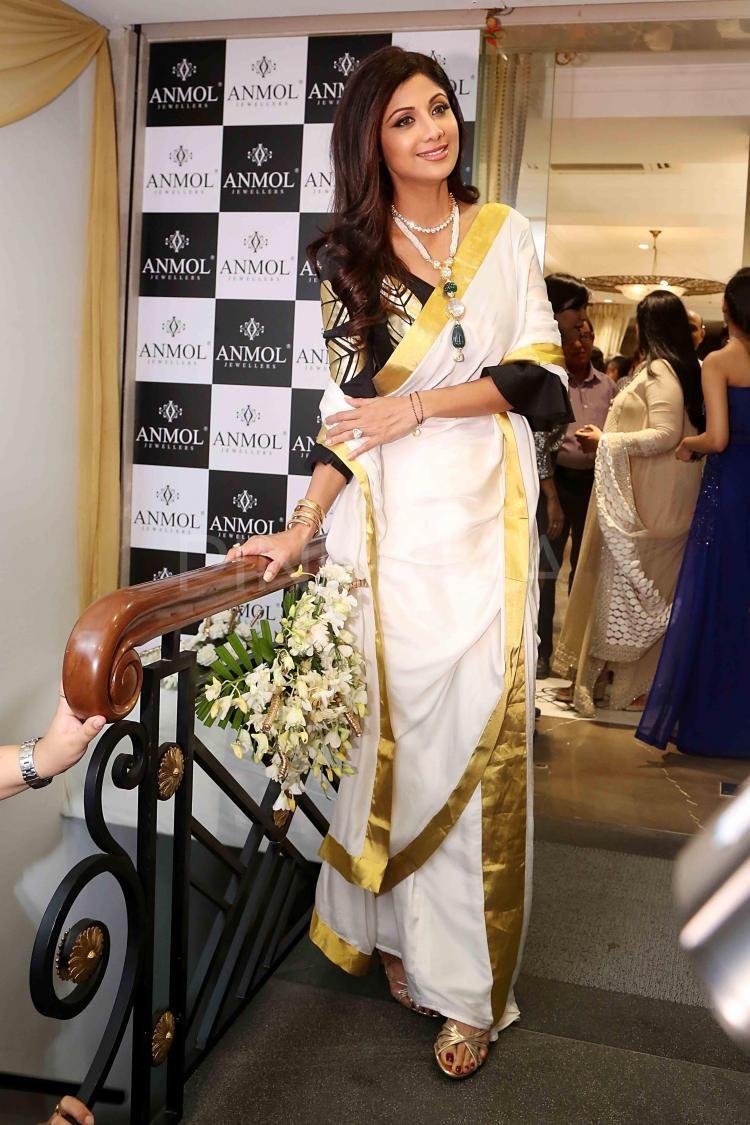 kerala saree styling