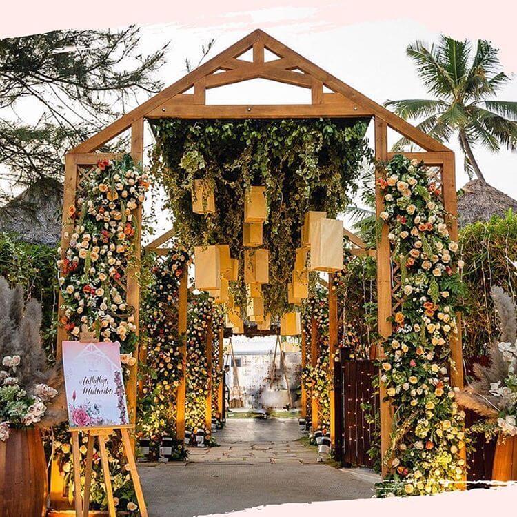 Wedding Entrance Decor Ideas