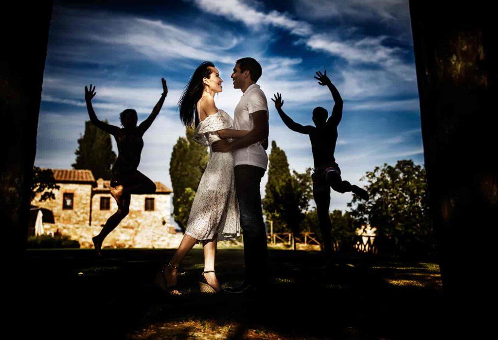 outdoor pre-wedding shoots
