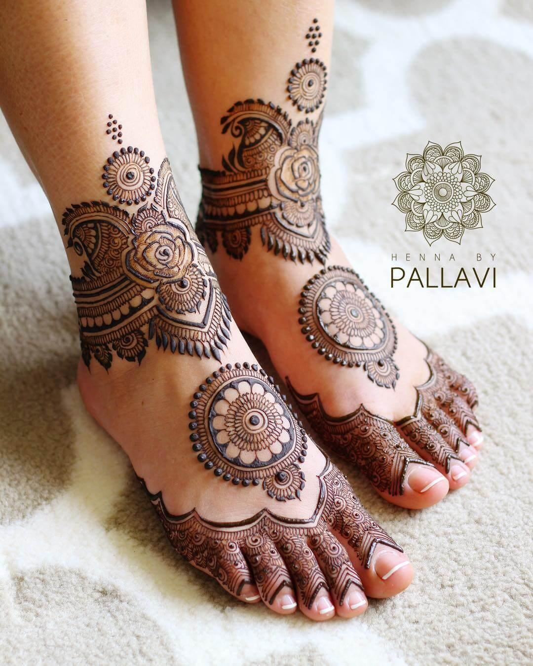 mandala foot mehndi designs