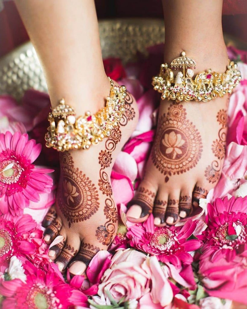 feet henna ideas
