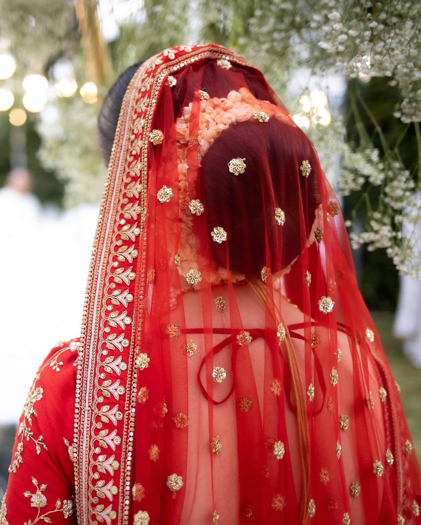 bridal hairbun