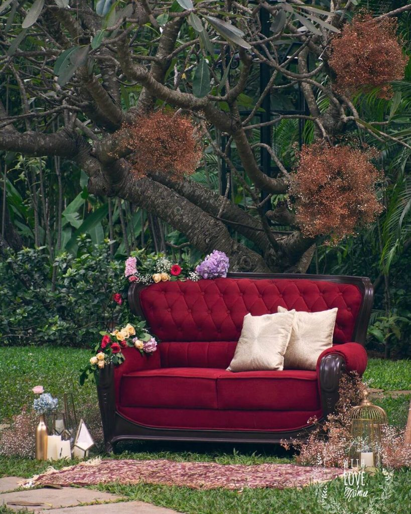 vintage couple seating ideas
