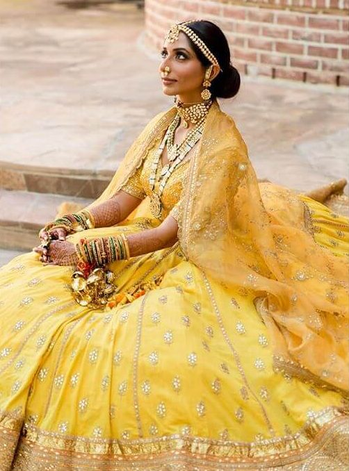 ehenga color for wheatish brides