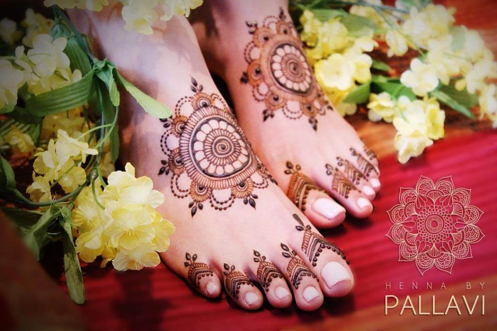 bridal mandala mehendi ideas