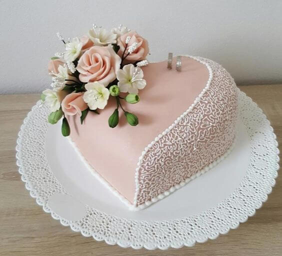 cakes for intimate weddings