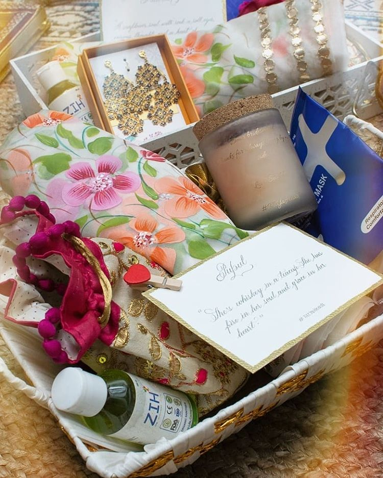 bridesmaids gift hampers