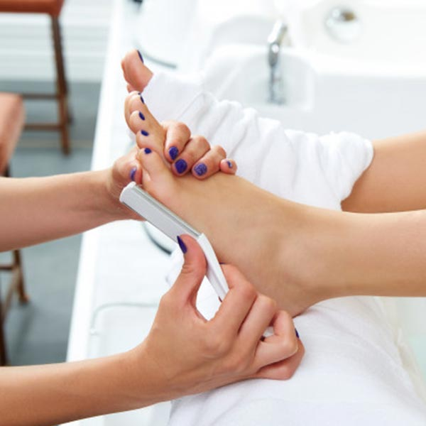 pedicure, wedding beauty timeline