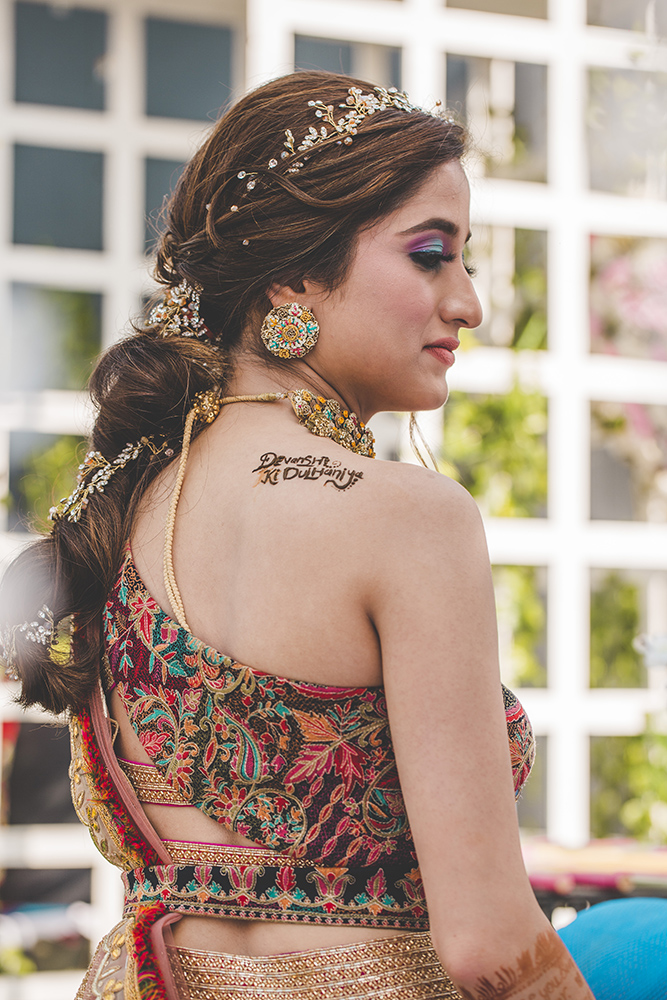 tiara designs for mehendi, hair accessories and jewellery
