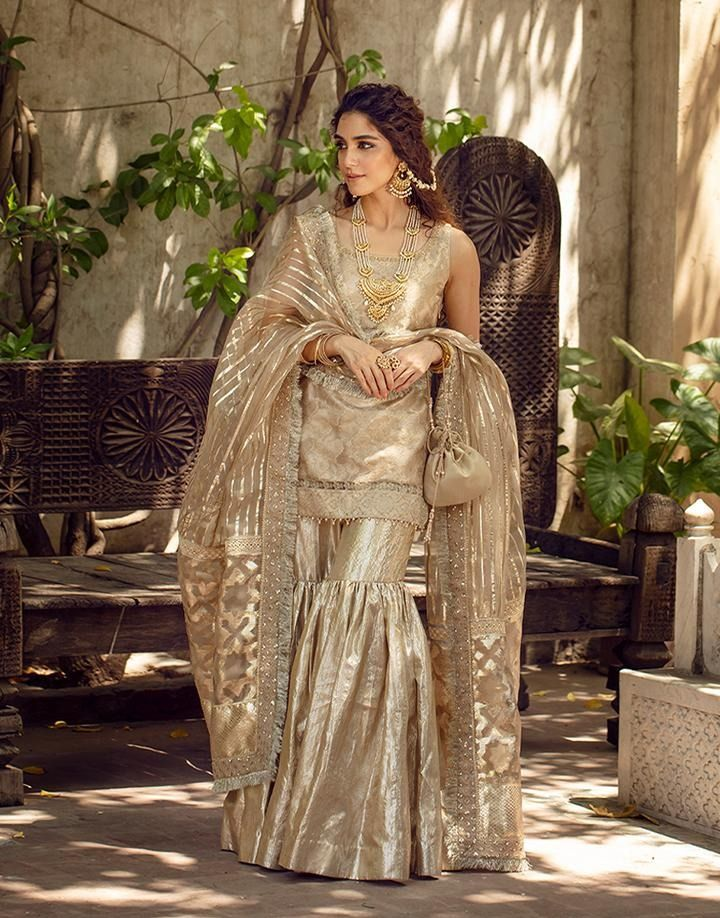 Ditch The Usual Bridal Outfits For These Gorgeous Sharara Suit Designs