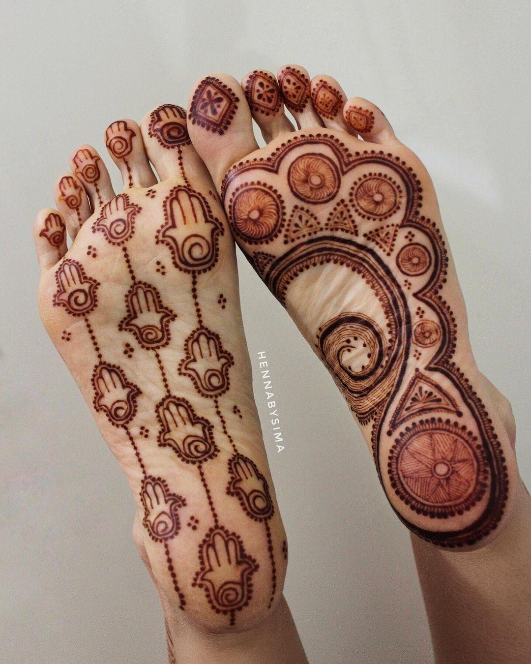 jaw-dropping mehendi, back feet mehndi designs