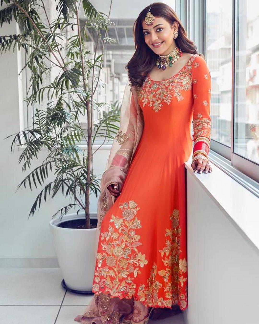 kajal aggarwal orange suit