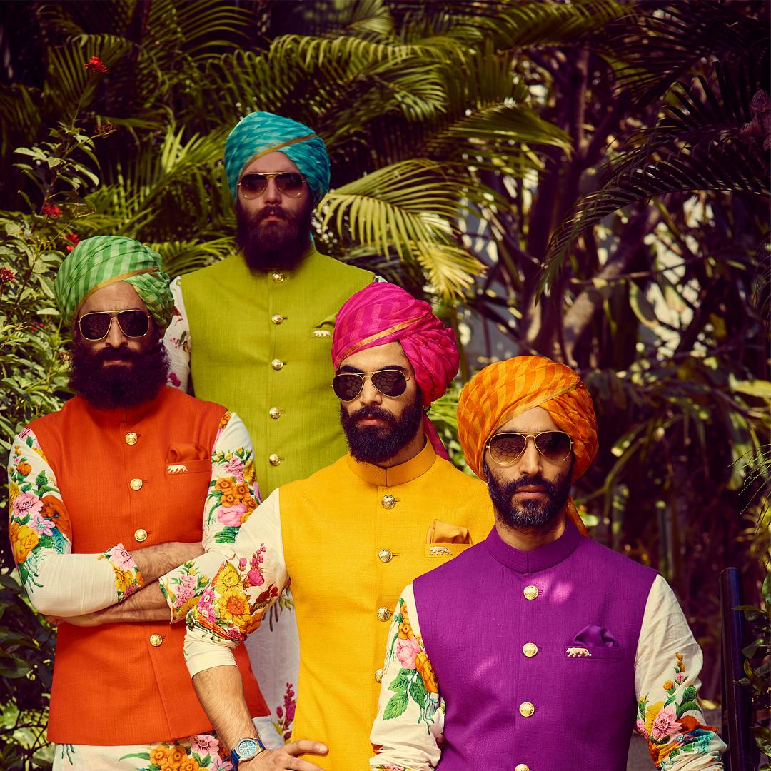 leheriya pagri for groomsmen