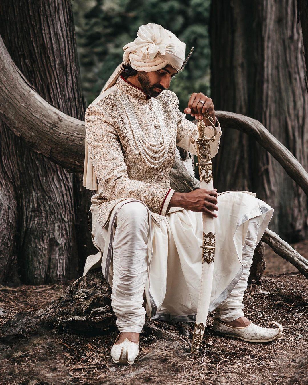 royal groom pagri