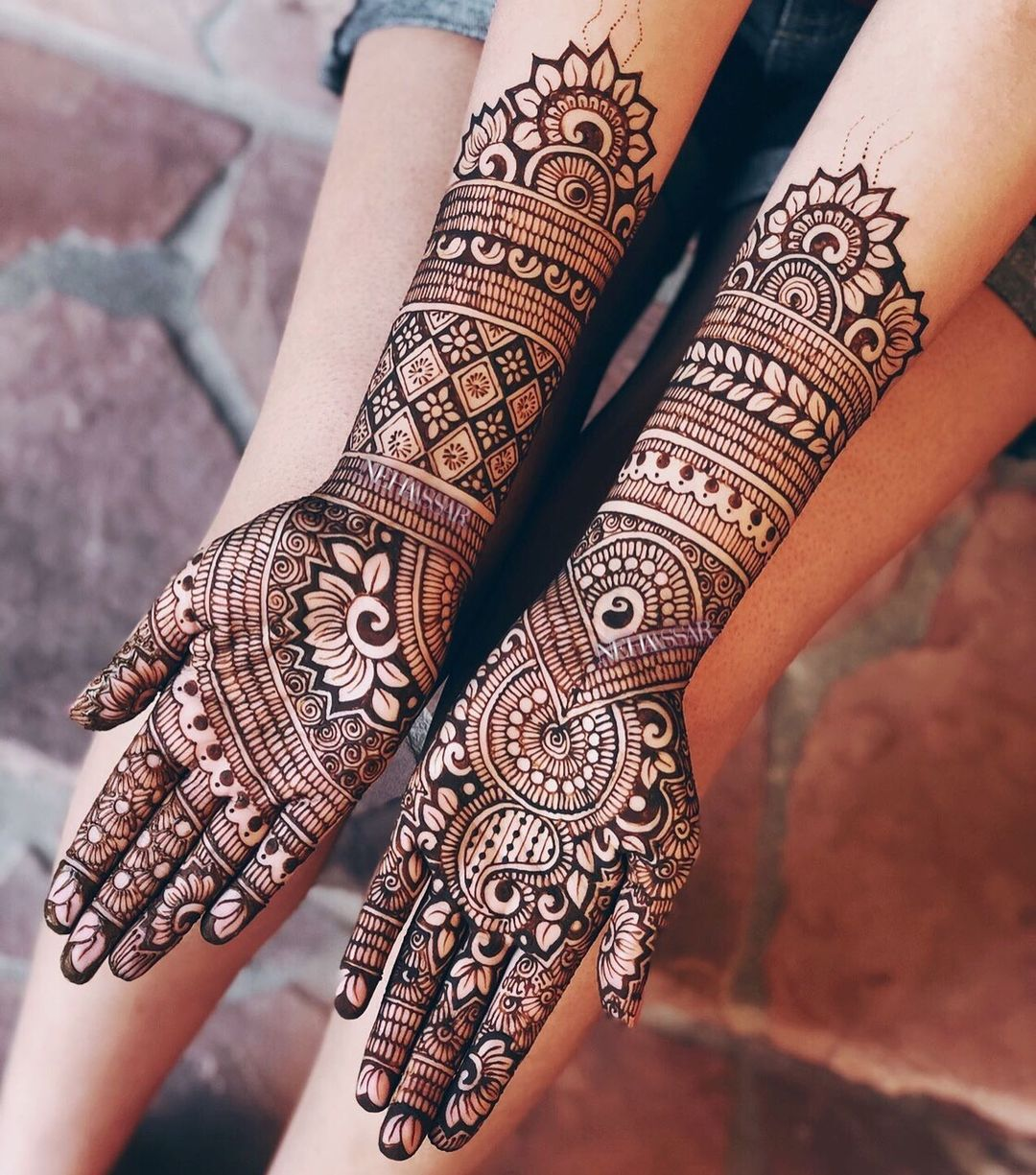 traditional lotus motif mehendi